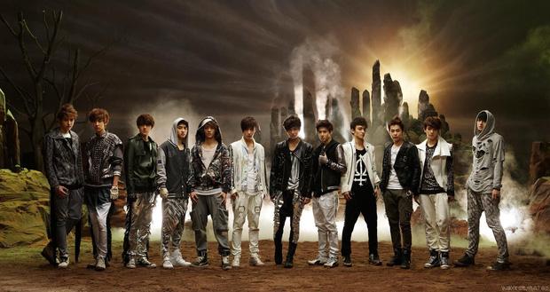 Hình tượng của EXO khi mới debut có phần lạ lẫm và khó hiểu nên cư dân mạng không đặt niềm tin ở họ.