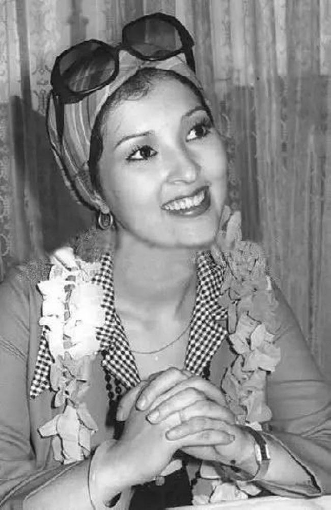 Bạch Tiểu Mạn qua đời khi chỉ mới 18 tuổi.
