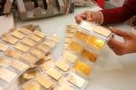 Giá vàng giảm sâu vì bị bán tháo