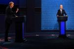 Tranh luận bầu cử Mỹ áp dụng chiến thuật 'tắt micro' ngăn ứng viên ngắt lời