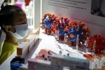 Thành phố Trung Quốc cấp vaccine Covid-19 thử nghiệm cho dân