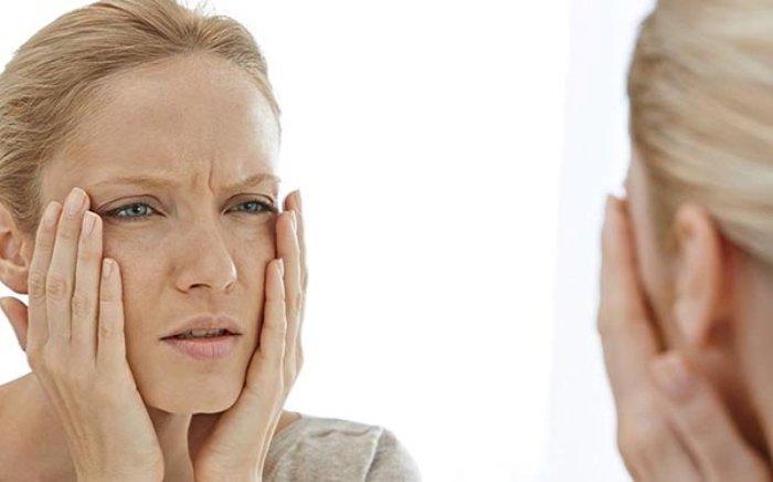 Sức khỏe - Nếu có những dấu hiệu này trên da, bạn nên đến viện khám ngay (Hình 3).