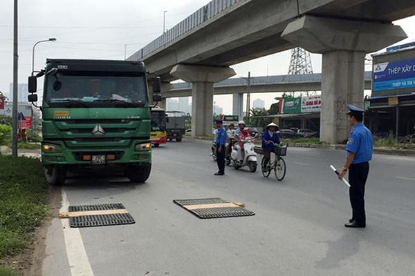 Hà Nội sẽ lắp đặt trạm cân kiểm soát tải trọng tại một số tuyến đường. Ảnh minh họa.