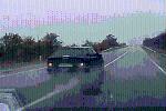 CLIP: Cú lao kinh hoàng khiến ôtô vỡ tan tành, xe container tránh không nổi