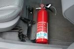 Từ hôm nay, xe ôtô dưới 9 chỗ không còn phải lắp bình chữa cháy