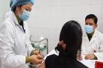 Có phản ứng miễn dịch tốt, 3 người tiêm vắc-xin Covid-19 đầu tiên được tiêm mũi 2