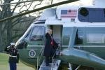 Tổng thống Trump vẫy tay từ biệt Nhà Trắng