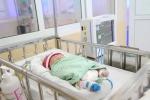 Hà Nội: Bệnh viện tìm người thân cho bé gái bị bỏ rơi ngày giáp Tết