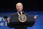 Tổng thống Biden ký sắc lệnh mới về nhập cư