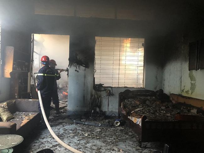Lực lượng Cảnh sát PCCC và cứu nạn, cứu hộ chữa cháy.