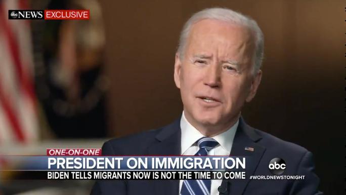 Tổng thống Biden trong cuộc phỏng vấn với đài ABC. Ảnh: ABC