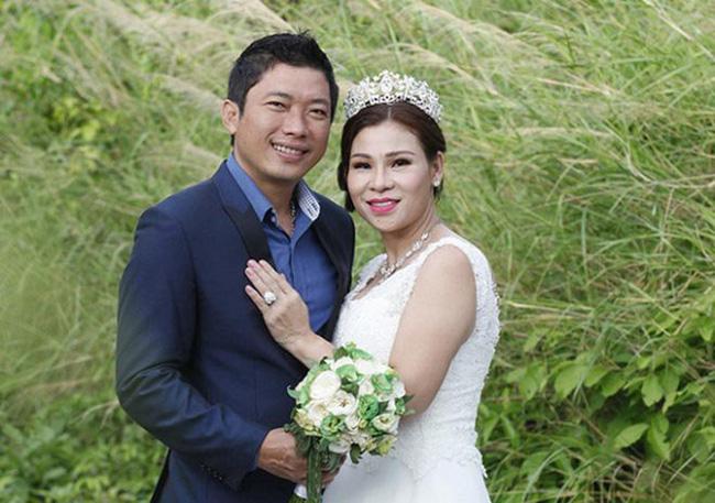Diễn viên Kinh Quốc và vợ 2 đại gia.