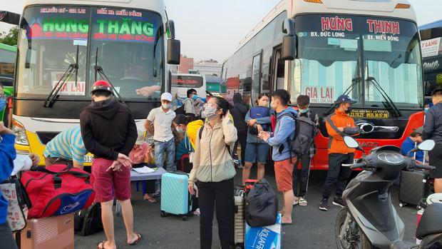 Các đơn vị vận tải sẽ tăng cường chuyến xe để phục vụ hành khách về quê và đi du lịch dịp nghỉ lễ