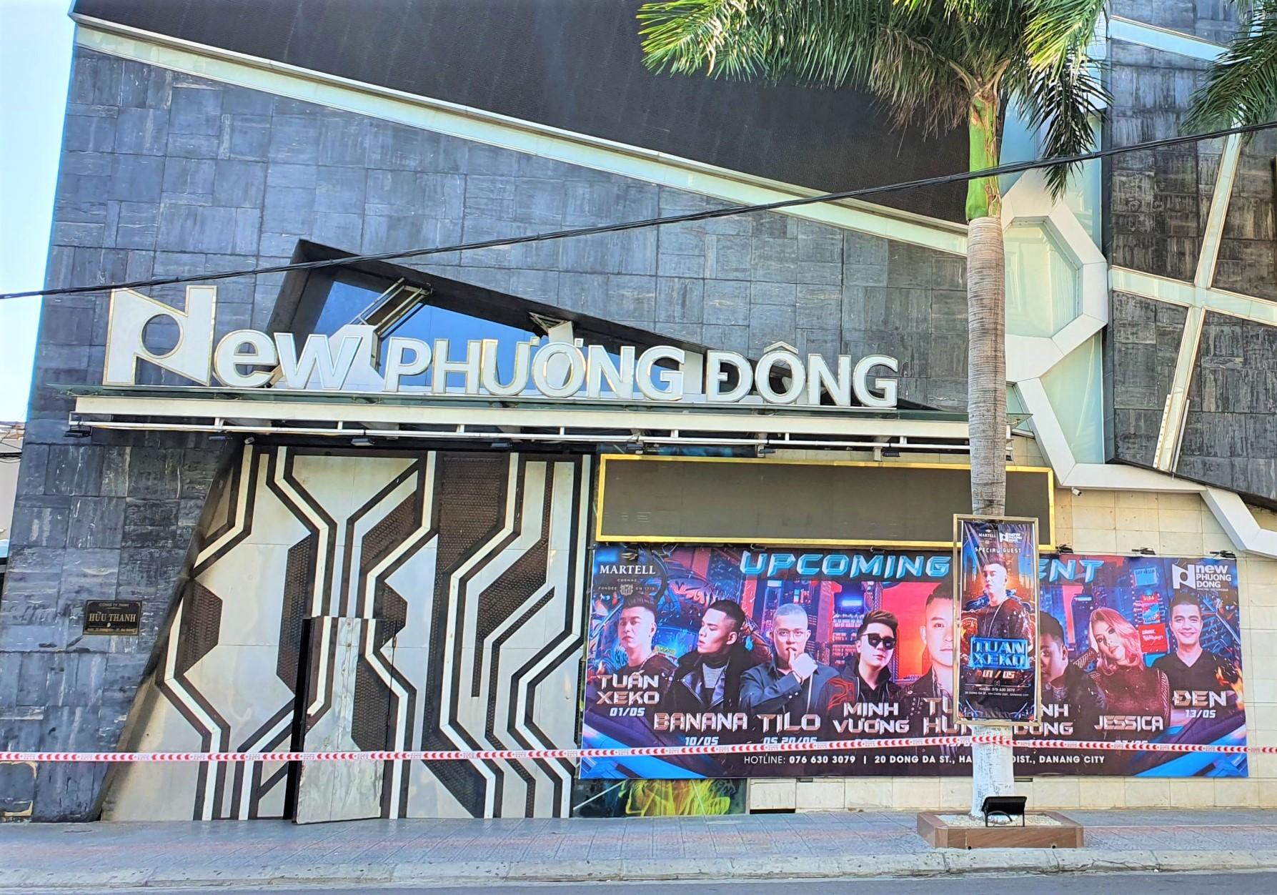Theo Báo cáo của Bệnh viện Đa khoa Gia đình Đà Nẵng, người bạn đi cùng khai báo bệnh nhân có đến quán bar New Phương Đông.