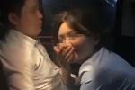 Bắt tại trận cảnh bạn trai đang 'quan hệ' với cấp dưới trong xe ôtô, cô gái phát trực tiếp những gì đập vào mắt lên mạng xã hội