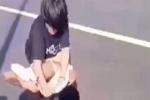 Nữ sinh bị lột đồ trên cầu: Mâu thuẫn bán hoa giấy?