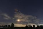 Ba tên lửa từ Lebanon tấn công Israel