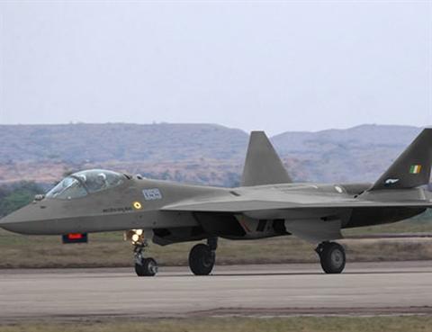 Phiên bản xuất khẩu hai chỗ ngồi của tiêm kích tàng hình Su-57 rõ ràng là thiết kế FGFA