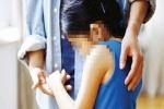 Khám xét khẩn cấp nhà của 2 thanh niên ở Phú Thọ, phát hiện 6 bé gái từ 14 - 15 tuổi