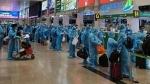 Chuyến bay đầu tiên đưa 196 người Bình Định từ TP.HCM về quê