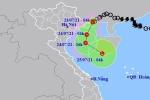 Áp thấp nhiệt đới áp sát Quảng Ninh, Hà Nội có nơi mưa rất to, nguy cơ lốc và gió giật mạnh