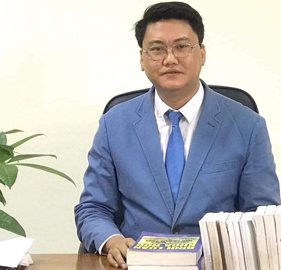 Luật sư Hoàng Tùng