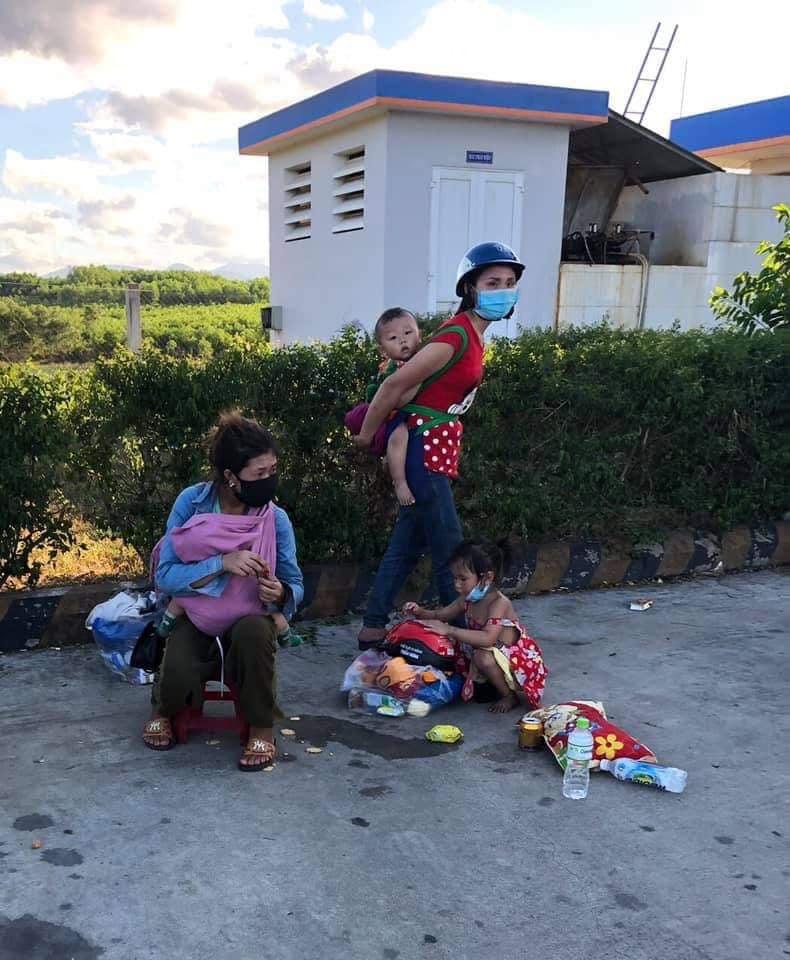 Vợ con anh Định bị mắc kẹt tại tỉnh Thừa Thiên - Huế.