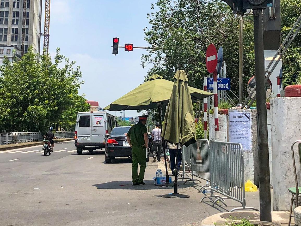 Từ 0 giờ ngày 31/7/2021, quận Hoàn Kiếm quyết định phong toả toàn bộ phường Chương Dương.