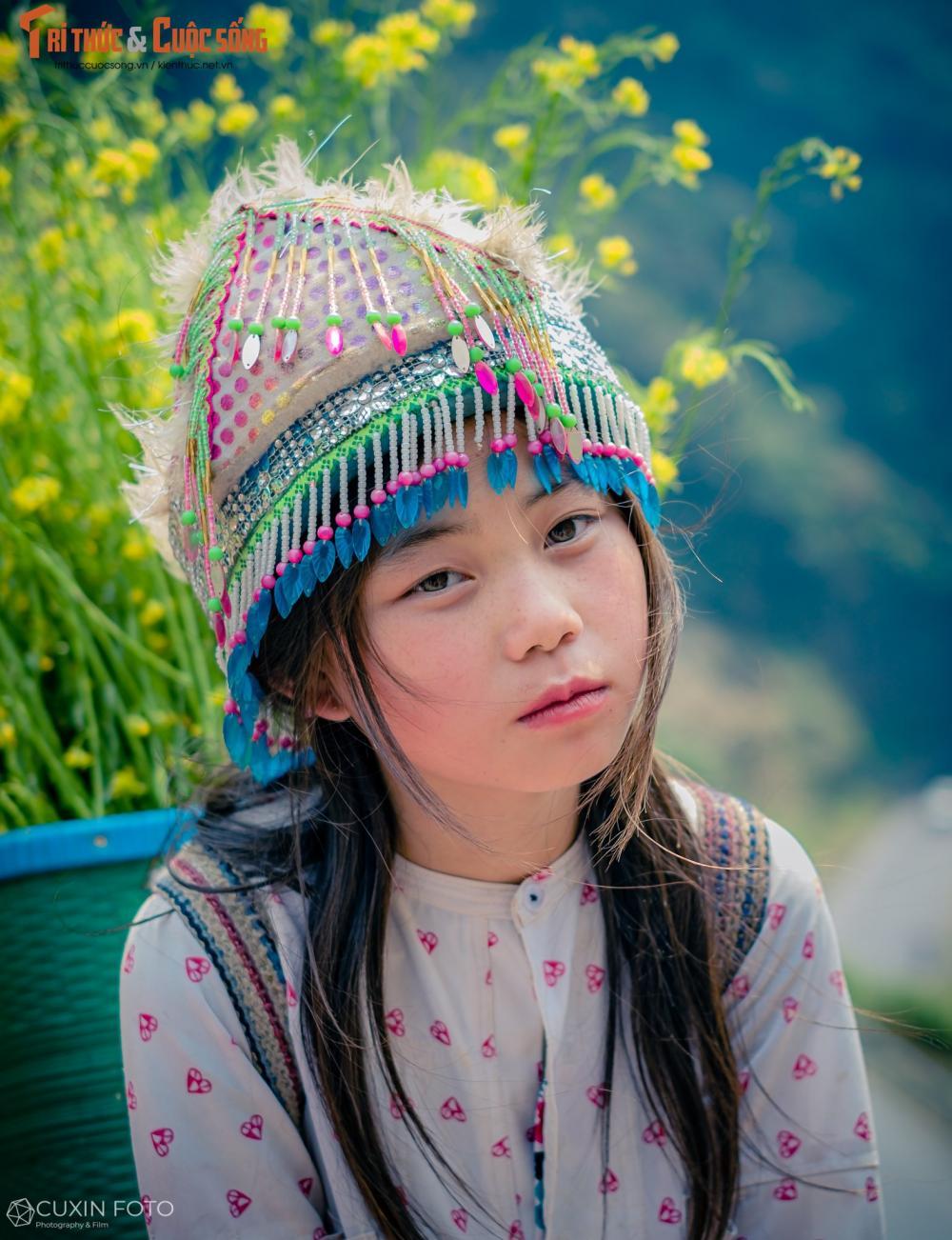 Trong suốt hành trình của mình, anh Quý cho biết dốc Thẩm Mã, Hà Giang lúc nào cũng ấn tượng nhất bởi ở đó có những em bé vùng cao với đôi mắt biết nói, đôi má lúc nào cũng ửng hồng... và vô cùng dễ thương.