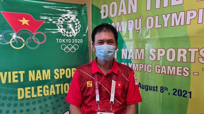 Trưởng đoàn Trần Đức Phấn trả lời từ làng Olympic.