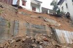 Vụ sạt lở đất 3 người chết ở Hạ Long: Phải cấm đặt lán dưới chân đồi, bờ kè