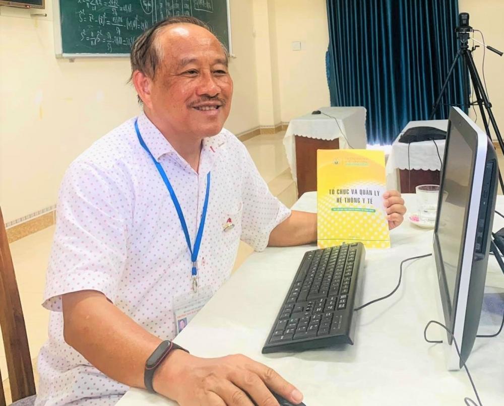 PGS.TS Nguyễn Huy Nga, nguyên Cục trưởng Cục Y tế Dự phòng (Bộ Y tế) chia sẻ về công tác phòng, chống dịch Covid-19. (Ảnh: Nhân vật cung cấp)
