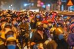 Tỉnh Ninh Thuận nói gì việc xử phạt người tự đi xe máy về quê?