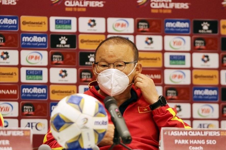 Huấn luyện viên Park Hang-seo không hài lòng với công tác trọng tài. Ảnh: VFF