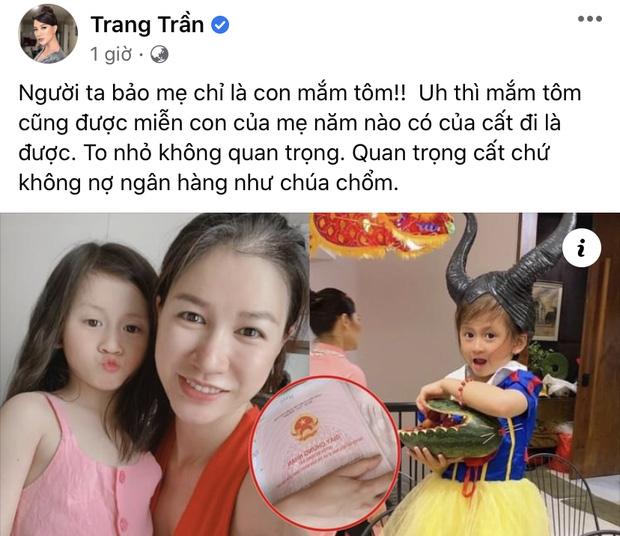 """Trên trang cá nhân, Trang Trần không đả động đến vụ kiện tụng của bà Phương Hằng mà chỉ chia sẻ thông tin liên quan đến con gái, tỏ ra bức xúc khi ai đó nói mình là """"con mắm tôm"""""""