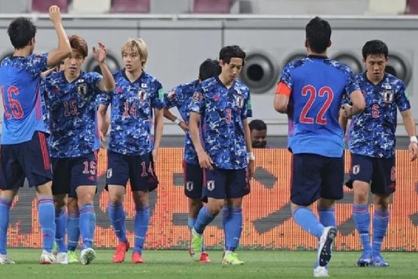 HLV tuyển Campuchia mỉa mai tuyển Nhật Bản trước trận gặp Việt Nam: 'Họ chỉ giỏi ăn vạ!'