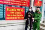 Thu hồi 2 khẩu súng săn của người dân tự nguyện giao nộp